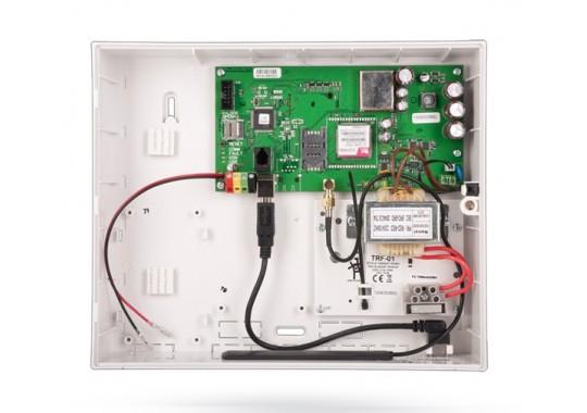 JA-101K Контрольная панель с GSM коммуникатором